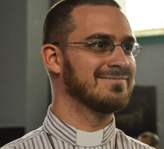 Dimanche des Rameaux, le 5 avril à 15h : Thomas Sabbadini vicaire de l'UP Magnificat Verviers-Sud diffusera sa messe sur Youtube